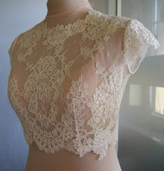 Color : white ivory Bolero made of lace. Lace is hand-cut . Bolero in front of a full, fastened at the back. Bolero Top, Lace Bolero, Bolero Jacket, Wedding Sash, Wedding Bolero, Dress And Heels, Lace Sleeves, Dress Patterns, Dress Making
