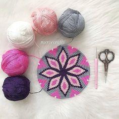 Ideas For Crochet Basket Chart Cross Stitch Tapestry Crochet Patterns, Crochet Stitches, Mochila Crochet, Tapestry Bag, Crochet Purses, Diy Crochet, Crochet Amigurumi, Crochet Projects, Diy And Crafts