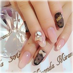 Image via Young Chic and Social: Gyaru Nails Spam Japanese Nail Art Photos Image via Cherry blossoms nail art: three color colour design: soft pink, pink and black or brown spring 2013 su Beautiful Nail Designs, Cute Nail Designs, Beautiful Nail Art, Crazy Nail Art, Cute Nail Art, Nail Art Kit, 3d Nail Art, Asian Nails, Japanese Nail Art