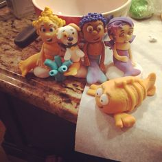 Bubble guppies fondant cake toppers #personal #taraleighcakes