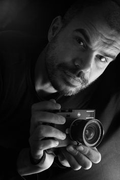 Andrea –   A portrait of Andrea Boccalina, a great friend of mine, Leica Ambassador and great portrait photographer ( andreaboccalini.it )  Andrea Boccalini with my Leica M10 and the Leica Elmarit 21mm f2.8
