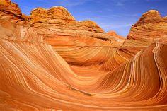 Imagem: Ondas em Utah (© Steffen and Alexandra Sailer/Ardea/Caters News)Estas 'ondas' formadas em Utah são resultado de erosão. Do período jurássico, a formação rochosa tem 190 milhões de anos