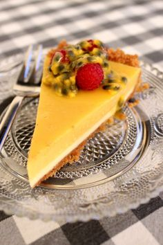 Wicked sweet kitchen: Mainio mangojuustokakku passionhedelmällä - Mango cheesecake with passionfruit