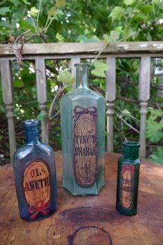 pink pig - Antique Bottles, (http://www.pinkpigwestport.com/antique-bottles/)
