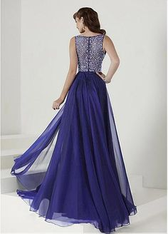 Shining Tulle & Silk-like Chiffon V-Neck A-Line Prom Dresses With Beads
