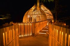 How would you like to spend a day in this pod-shaped treehouse, built 33 feet high in a tall redwood, near Auckland, New Zealand?! Designed by Pacific Environments Architects, the treehouse was originally constructed as part of a marketing campaign for a local company and operated as a full service restaurant. Though it is no longer taking dining reservations, the award-winning treehouse is now available as a venue for private events. Honestly, magical!