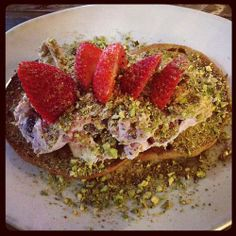 Pistachio for your Thoughts: Fruit and nut bagel with mascarpone, mixed berries, strawberries, and pistachios. Pistachios, Mixed Berries, Easy Meal Prep, Breakfast Ideas, Bagel, Avocado Toast, Strawberries, Cooking Tips, Cheese