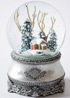 musical winter scene glitter dome  http://rstyle.me/n/s9qhnpdpe
