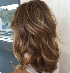 18 light brown hair color for cool and charming look, blonde highlights for brown hair, hair color Cabelo Tiger Eye, Sandy Brown Hair, Summer Brown Hair, Brown Curls, Sandy Hair, Brown Hair With Highlights And Lowlights, Brown Balayage, Color Highlights, Balayage Highlights