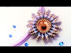Anello - Flower 🌸🌸🌸 - Laura Mc Cabe - YouTube Bead Embroidery Jewelry, Beaded Jewelry Patterns, Beaded Embroidery, Peyote Patterns, Beading Patterns, Beaded Boxes, Ring Tutorial, Seed Bead Earrings, Beaded Rings