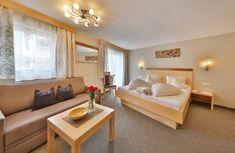 Zu Gast im Herzen von Serfaus! Egal ob Familienmensch, Naturliebhaber, Gipfelstürmer oder Wellness-Fan: Das 3 Sterne Hotel Garni Dr. Köhle bietet für jeden Geschmack das perfekte Rundum-Paket zum Wohlfühlen! 🏔🌸☀️ #hotelgarniköhle #serfaus #tirol #österreich #sommer #sommerurlaub #sommerferien #wellness #alpen #berge #family #natur #hotel #mit #frühstück #urlaubmitkindern #3sternehotel Loft, Furniture, Home Decor, Relax Room, Summer Vacations, Mountains, Don't Care, Homemade Home Decor, Lofts
