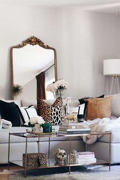 Cheetah Living Rooms, Safari Living Rooms, Funky Living Rooms, Glam Living Room, Living Room Sofa, Living Room Designs, Living Room Decor, Leopard Print Bedroom, Leopard Bedroom Decor