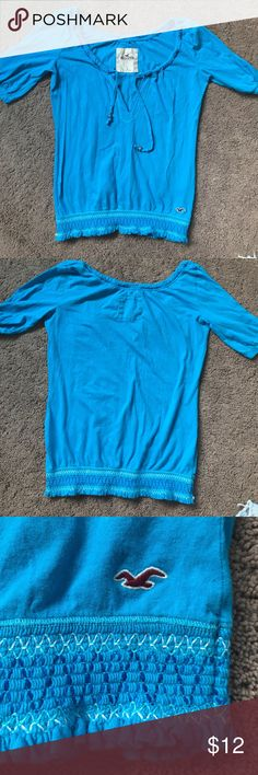 Hollister quarter sleeve shirt Beautiful real blue shirt from hollister with patterned crunch on the bottom Hollister Tops
