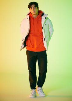 Cha Eunwoo Astro, Lee Dong Min, Rain Jacket, Bomber Jacket, Bts And Exo, Cha Eun Woo, Bobby Brown, My Prince, Kpop Boy