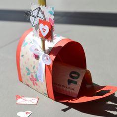 Mailbox para regalo de dinero para bodas creada por la Veletta