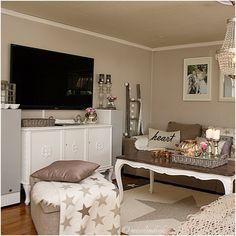 Stue, livingroom, sofa, interiør, misslindvik, rivieramaison, stars, stjerner, pute, pillow, blanket, rokokko
