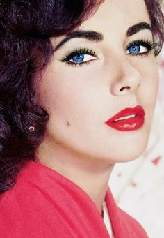 "Liz Taylor, ""love her beautiful violet eyes"""