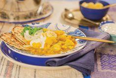 Ensopado vegetariano (curry) | Receita Panelinha: Receitas feitas em uma panela só são ótimas para os dias mais preguiçosos. O leite de coco e as especiarias trazem ares indianos para esse ensopado que perfuma a casa toda.