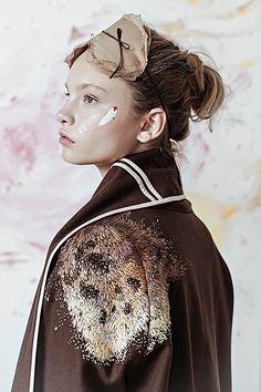«Разукрашенная» одежда - Дизайнер Оля Глаголева и Лиза Смирнова . Все интересное в искусстве и не только.