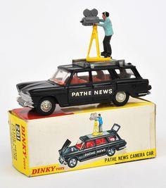 Retro Toys, Vintage Toys, Miniature Auto, Corgi Toys, Toy Camera, Matchbox Cars, Toy Trucks, Tin Toys, Classic Toys