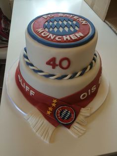 Birthday Cake - Bayern München 16th Birthday, Happy Birthday, Birthday Cake, Cupcakes, Cupcake Cakes, Fondant, Sweet Pastries, Just Cakes, Eat Dessert First