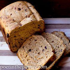 Cinn. Raisin Bread Recipe for Bread Machine.  Serve with Cinn Spread (1 cup powdered sugar, 1 tsp conn & 2 Tbsp water).