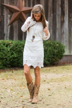 Grace And Lace Dress, White Minus the cowboy boots, could be a rehearsal dinner dress or reception? Shower Outfits, Shower Dresses, Shower Dress For Bride, Moda Country, Country Girls, Country Chic, Country Casual, Country Boots, Country Fashion
