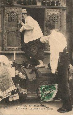 Nocturne, Image Blog, Montmartre Paris, Box Bed, Folklore, Painting, Costumes, Furniture, Historical Photos