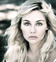 Clare Bowen. Scarlett from Nashville love her and her singing voice is beautiful one of my faves