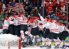 2010 Olympics - Canada wins gold! BEST MOMENT EVER!!!