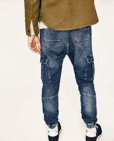 Image 4 of SOFT DENIM CARGO TROUSERS from Zara