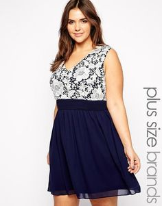 Lovedrobe - Spitzenkleid mit tiefem Ausschnitt - Marineblau  dress  women   covetme  lovedrobe d7aa4c6346e