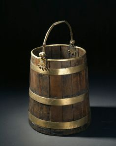 Bucket with Budda figures on handle. Viking Camp, Bucket Drumming, Simple Html, Wooden Bathtub, Celtic Culture, Early Middle Ages, Archaeological Finds, Anglo Saxon, Wabi Sabi