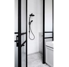 This stunning space features our Vivid Twin Shower in matte black. To view more Phoenix products follow the link >>>>  http://www.phoenixtapware.com.au/
