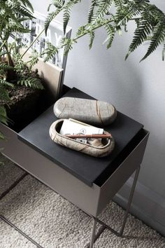 Enhance the well-being in the home with greenery – ferm LIVING Small Living Room Furniture, Plant Box, Round Table Top, Cozy Corner, Natural Home Decor, Living Room Inspiration, Design Inspiration, Messing, Decoration
