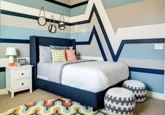 Streifen und Zigzag Muster in Blau und Weiß für Jungenzimmer