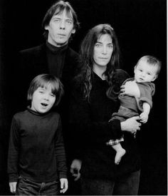 Patti Smith and her family in 1987