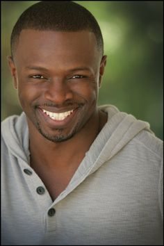 Sean Patrick Thomas. Definitely one of the reasons why Save the Last Dance is my fav movie of all time.
