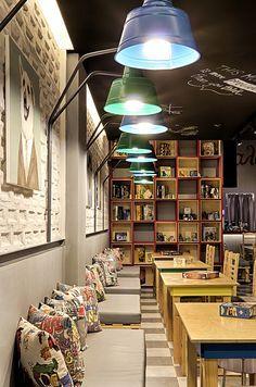 BOARD GAME CAFE - Alaloum Play Cafe Location : Nea Filadelfeia, Athens