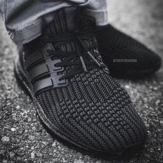 adidas Ultra Boost 4.0 Triple Black | SneakerNews.com