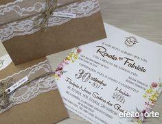 Convite Casamento Floral e envelope em Papel Kraft. Orçamentos e pedidos pelo e-mail contato@efeitoearte.com.br