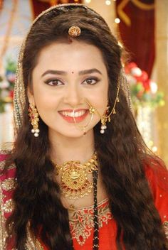 Get the latest makeup Indian Bridal Outfits, Indian Bridal Makeup, Indian Dresses, Beautiful Girl Indian, Beautiful Indian Actress, Tejaswi Prakash, Indian Wedding Bride, Tashan E Ishq, Make Up Braut