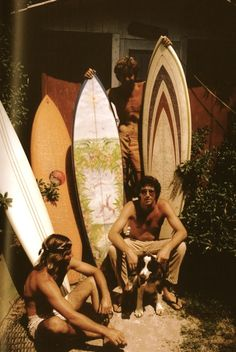 △ reminds my of my popi on the north shore of hawai'i with his boys