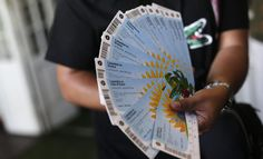 Good samaritan 40-year-old Brazilian taxi driver Adilson Luiz da Cruz picked up two Mexican ticket scalpers and drove them to the Nuevo São Paulo Morumbi Hotel.   After dropping them off, da Cruz noticed a bad with 40 World Cup tickets inside.