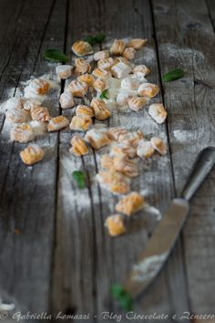 Gnocchi senza uova alla carota patate e basilico