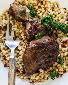 Jokihaka Kokkaa: Iberico porsaanposket viinissä Steak, Food, Essen, Steaks, Meals, Yemek, Eten