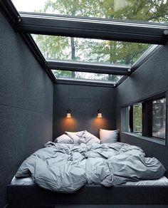 "8,315 To se mi líbí, 50 komentářů – Home Designs & Luxury Villas (@elegantlife) na Instagramu: ""Beautiful Bedroom Follow @man.explore for more! Designed by @vipp"""