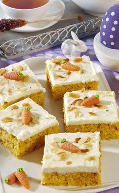 Ein Klassiker für Ostern: Rüblikuchen. Mit diesem Rezept gelingt der Kuchen ganz leicht. Viel Spaß beim Backen! #ostern #backen #meinschoenergarten