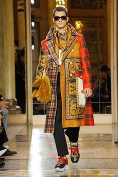 Versace   Menswear - Autumn 2018   Look 9