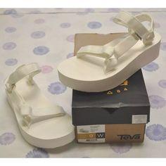b71ecc20ff7b Shop Women s Teva White size 9 Sandals at a discounted price at Poshmark. Teva  Flatform